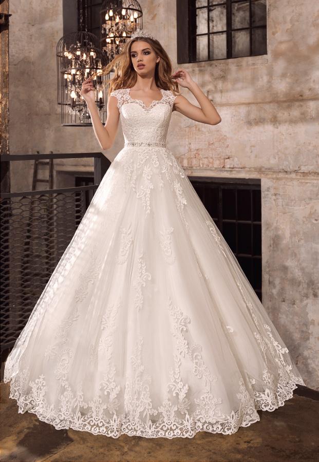 Каталог свадебных платьев тверь цены
